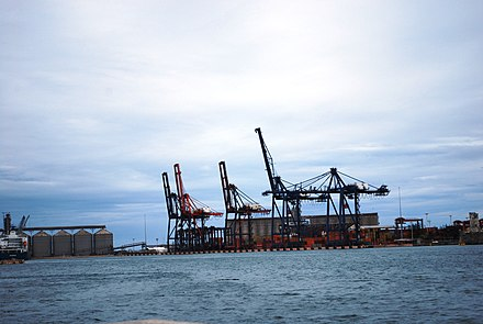 A portion of the port of Veracruz PortVeracruz55.JPG