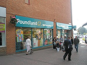 English: Poundland in Cremer Mall