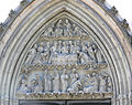 RV Liebfrauenkirche Portal Tympanon.jpg