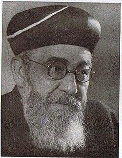הרב בן-ציון מאיר חי עוזיאל, 1945