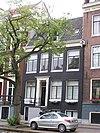 foto van Huis onder schilddak