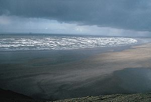 Coastal geography - Rhossili in Wales is a low-energy shoreline.
