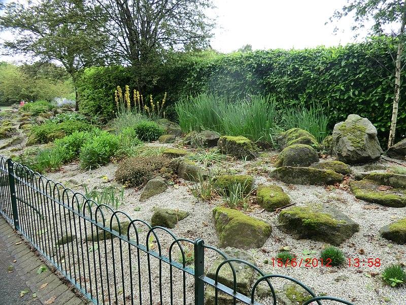 File:Rocky Garden in St Stephen's Park Dublin - panoramio.jpg