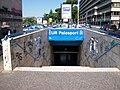 Roma metro B EUR Palasport ingresso dir Laurentina.jpg