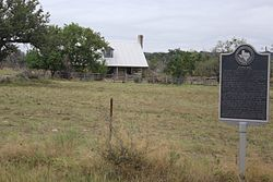 Round-mountain-tx2016-2(joseph-bird).jpg