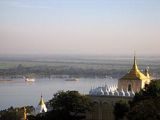 Sagaing - Image: Sagainghillsagaing