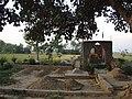 Sahky Cemetery - panoramio (2).jpg