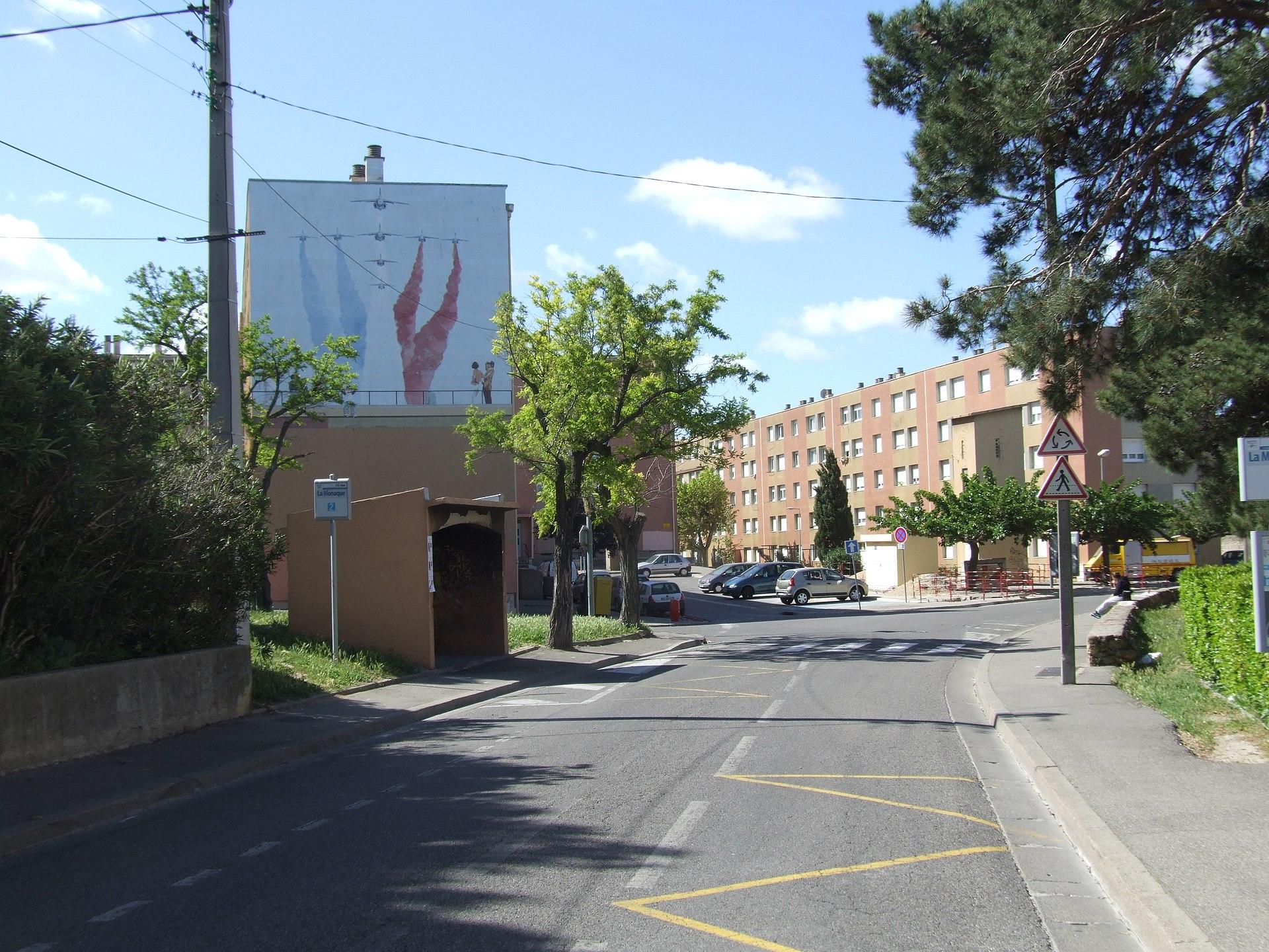 La monaque wikip dia - Location a salon de provence ...