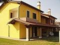 Salzano's Home - panoramio.jpg