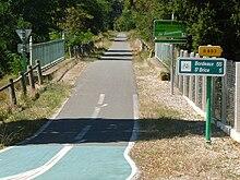 Photographie d'une piste cyclable.