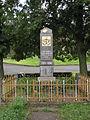Sedlec (okres Litoměřice), náves, pomník padlým za I. světové války.JPG