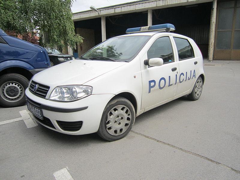 File:Serbia police car 01.JPG