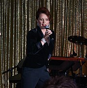 Sheena Easton2009.jpg