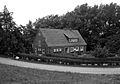 Sielwärterhaus Dangast, seitlich (2421153009).jpg