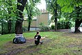 Sitting slackliner at Petřín, Prague.JPG