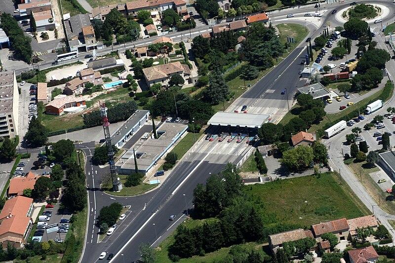 Fichier:Sortie-autoroute-ORANGE-centre.jpg