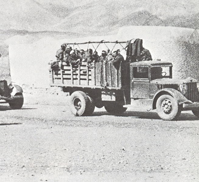 File:Soviet troops are crossing the border with Iran.jpg