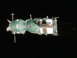 Soyuz 7K-TM - Image: Soyuz 19 Side View