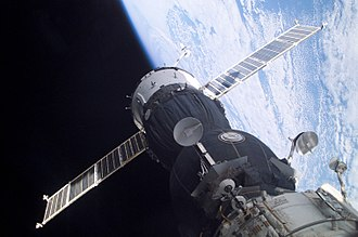 Time dilation - Image: Soyuz TMA 1 at the ISS