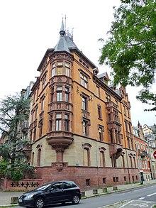 Immeuble néo-gothique avenue de la Liberté (Wikipedia)