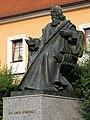 Straznice pomnik Komenskeho.jpg