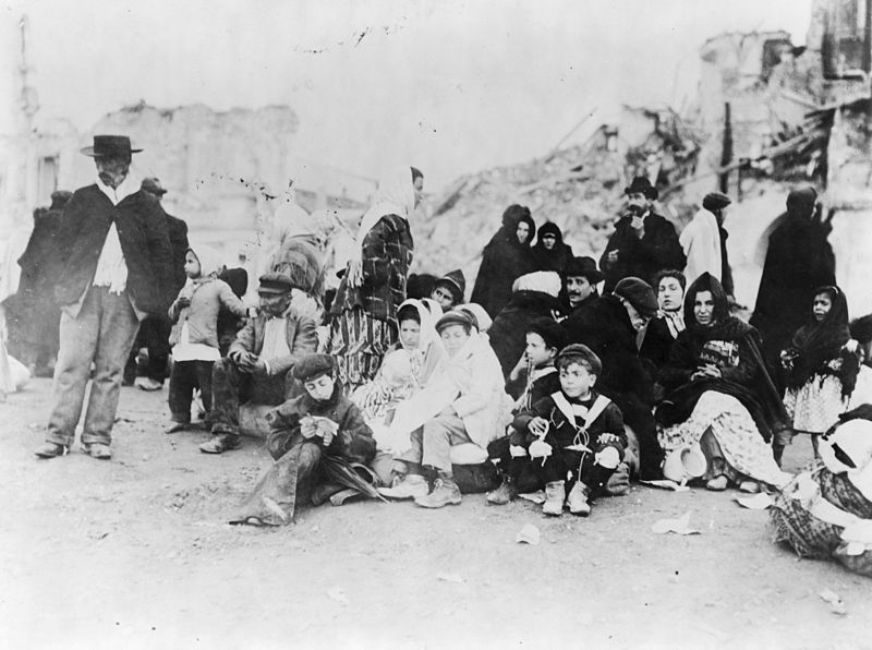 File:Survivors of the earthquake - Messina- Sicily.jpg