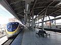 TRA Pingtung Station platform and ED863 20150901.jpg