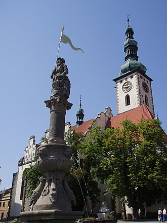 Tábor - Image: Tabor kościół i pomnik Rolanda