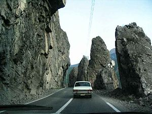 Road 59 (Iran) - Image: Tehran Chalus Rd 1