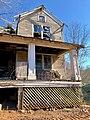 The Old Shelton Farmhouse, Speedwell, NC (47379134852).jpg