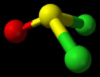 Molecular symmetry - Image: Thionyl chloride from xtal 3D balls B