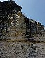 Tikal 2-19 (33318275281).jpg