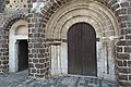 Tillières-sur-Avre Église Saint-Hilaire Portail 160.jpg