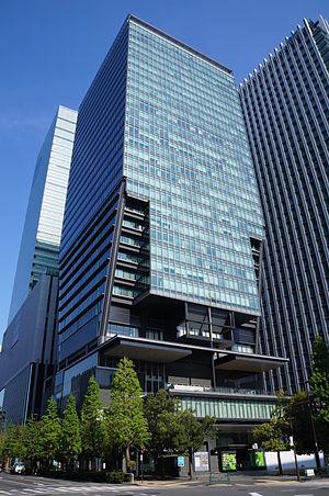 Tokyo Sankei Building 140427.JPG
