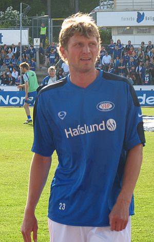 Tore André Flo - Flo playing for Vålerenga in June 2006
