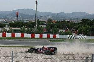2009 Spanish Grand Prix - Sébastien Buemi car's spun off in lap 1.