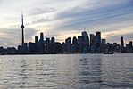 Toronto Skyline from Ward's Island (19776000721).jpg