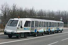 Les Alpes (et AURA en général) - Page 2 220px-Touristic_tram_in_Strasbourg_-_1