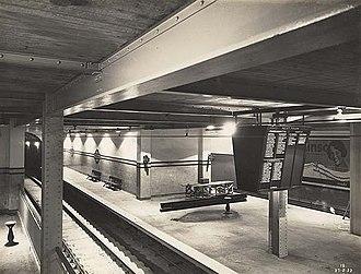Town Hall railway station - Platform 2 in 1932