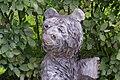 Träbjörnen i trädgården (9317300969).jpg