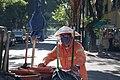 Trabajador de recolección de basura en la Ciudad de México durante la Emergencia Sanitaria.jpg