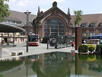Osnabrück Hauptbahnhof - The bus station outside the station