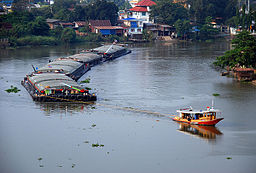 Tug and barges on the Pa Sak River.jpg