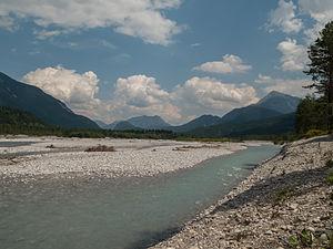 Lech (river) - Image: Tussen Weissenbach en Forchach, de Lech foto 7 2014 07 25 13.33