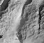 Tuxedni Glacier, upper portion of valley glacier, August 25, 1964 (GLACIERS 6918).jpg