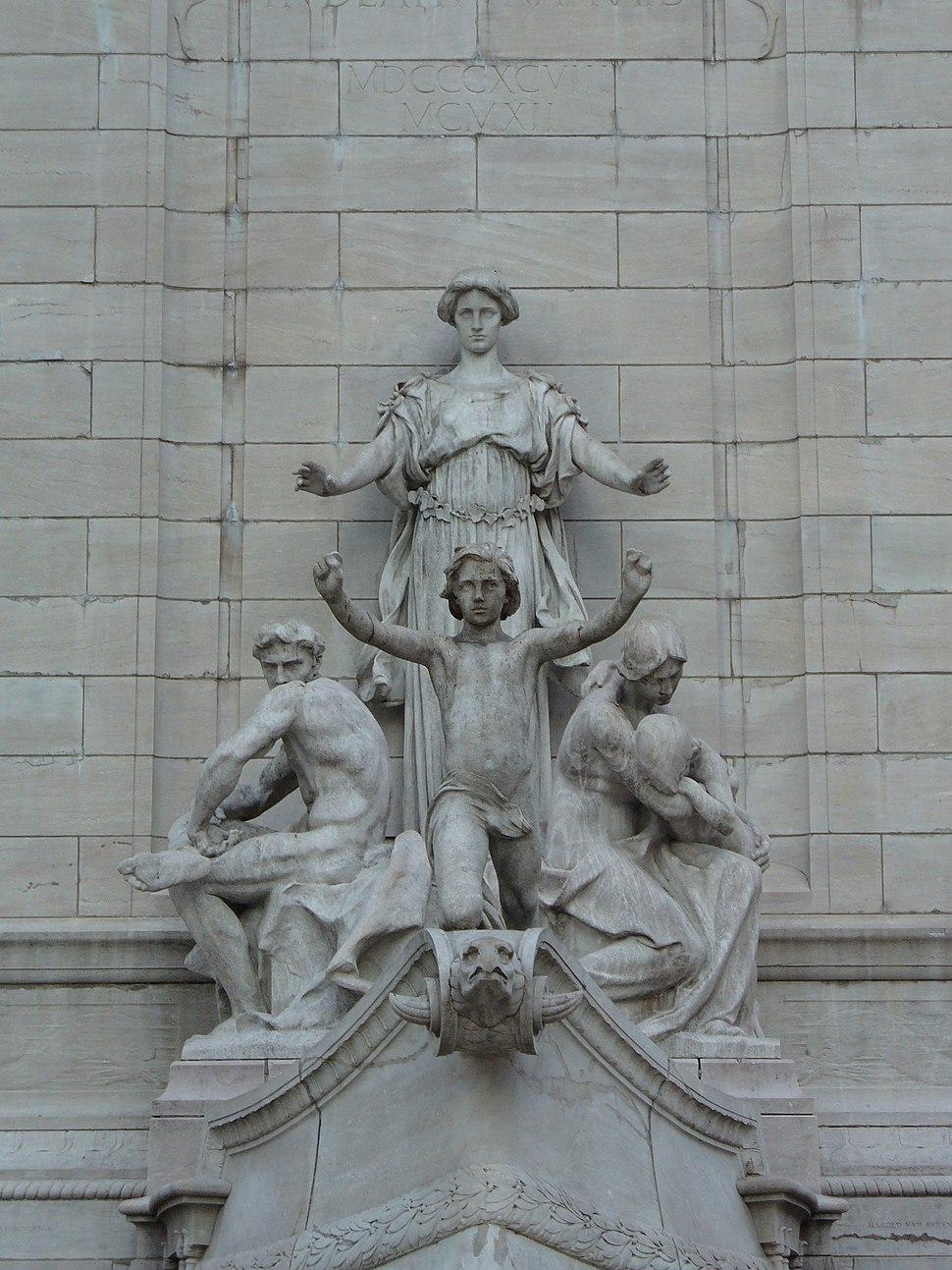 USS Maine Monument (1913), New York City (P1000124R)