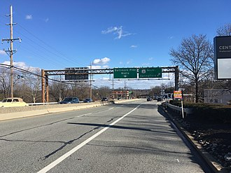 U.S. Route 1 in Pennsylvania - US 1 northbound at the split from the Baltimore Pike onto the Media Bypass in Middletown Township
