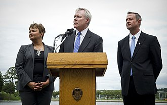 Lisa P. Jackson - Jackson with Secretary of the Navy Ray Mabus (center), and Maryland Governor Martin O'Malley (right).
