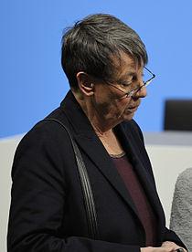 Unterzeichnung des Koalitionsvertrages der 18. Wahlperiode des Bundestages (Martin Rulsch) 141 (cropped).jpg