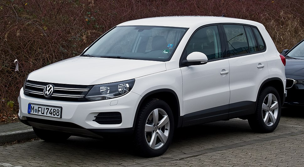 VW Tiguan Track %26 Field (Facelift) %E2%80%93 Frontansicht, 31. Dezember 2012, Ratingen